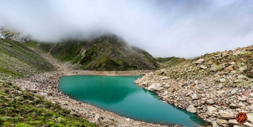 Satopanth-lake-9